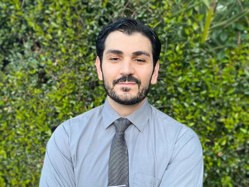 Dr. Muradian
