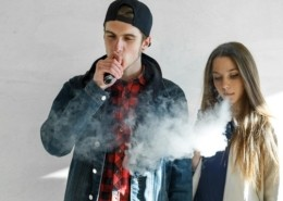 teen vaping marijuana