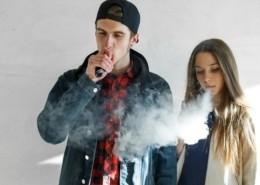 teen vaping marijuana